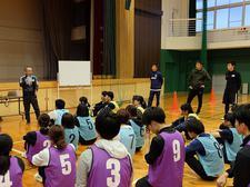 日本サッカー協会主催「小学校体育サポート研修会」に児童学科の学生が参加しました