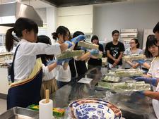 日清医療食品へ就職した卒業生との懇談会に参加しました