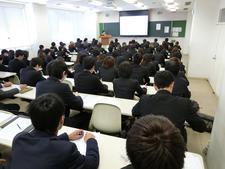 経営情報学部で「平成30年度第8期社長塾」が始まりました