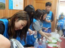 四国大学ゴールデンZクラブが大川原高原で運営ボランティアに参加しました