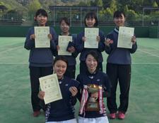 女子ソフトテニス部が「第56回四国ソフトテニス選手権大会」で優勝しました