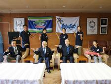 四国大学女子7人制ラグビー部が表敬訪問を行いました