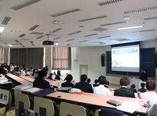 メディア情報学科の学生がビジネス実践(インターンシップ)報告会を開催しました