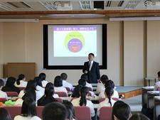 兵庫県立洲本実業高等学校の2年生が来学されました
