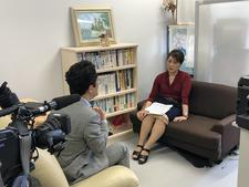 人間生活科学科の上岡准教授が四国放送の取材を受けました
