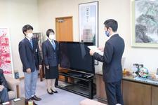 東光株式会社様による布マスクの贈呈式が行われました