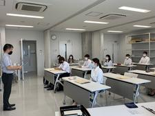 看護学科の学生11名が「徳島県薬物乱用防止指導員」の委嘱を受けました