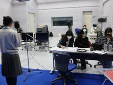 メディア情報学科が県内高校の放送部と連携し外国人向け日本語講座の教材を制作しています
