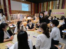 本学の学生が徳島の未来へ届ける贈り物プロジェクトに取り組んでいます